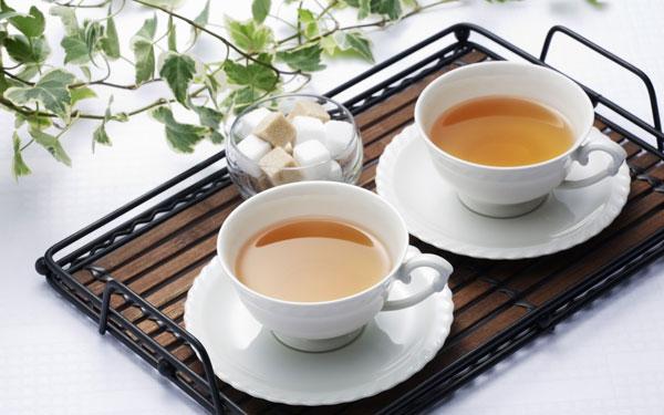 Sâm Ngọc Linh pha trà là phương pháp đơn giản được nhiều người áp dụng
